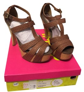 Charlotte Russe Brown Woven PU Platforms