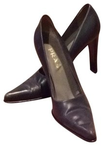Prada Grey Pumps