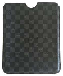 Louis Vuitton Louis Vuitton Damier Graphite iPad Case