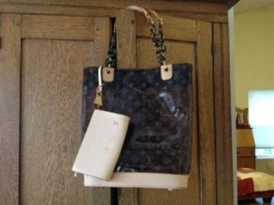 Louis Vuitton Tote in amber