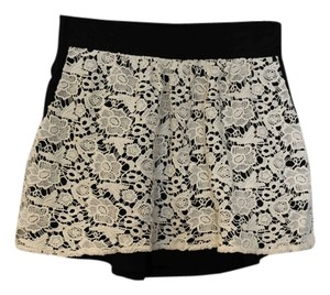 Chaser Mini Skirt beige/black