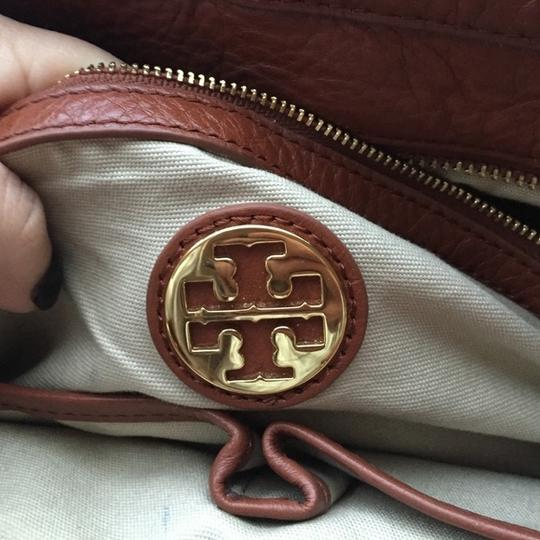 Tory Burch Satchel in White and Brown