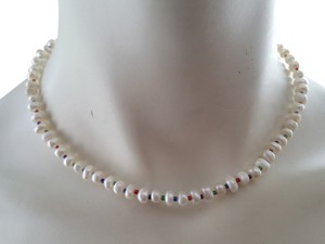 Other White pearl choker