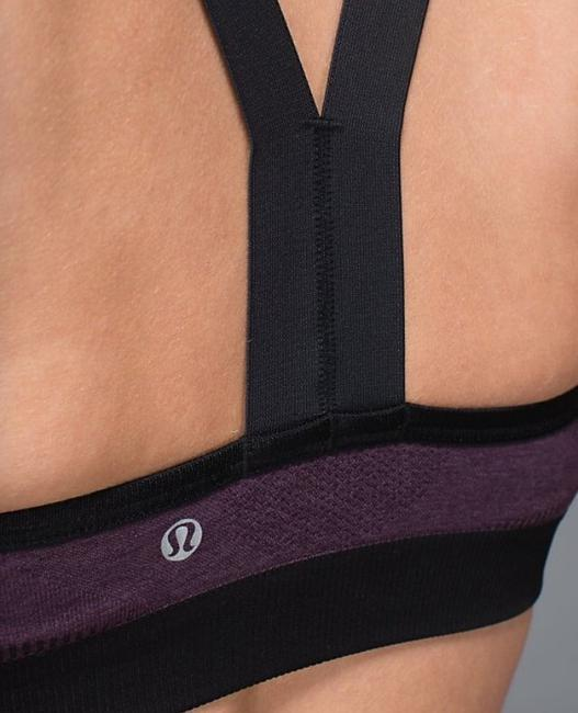Lululemon Hold Your Own