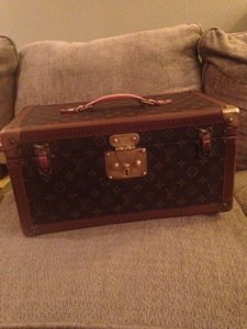 Louis Vuitton Louis Vuitton Train Case
