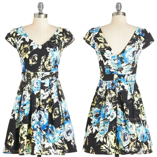 Preload https://item2.tradesy.com/images/modcloth-multi-color-bookmaking-lunch-in-radiance-50s-v-neck-fit-and-flare-water-color-floral-mini-a-3206911-0-0.jpg?width=400&height=650