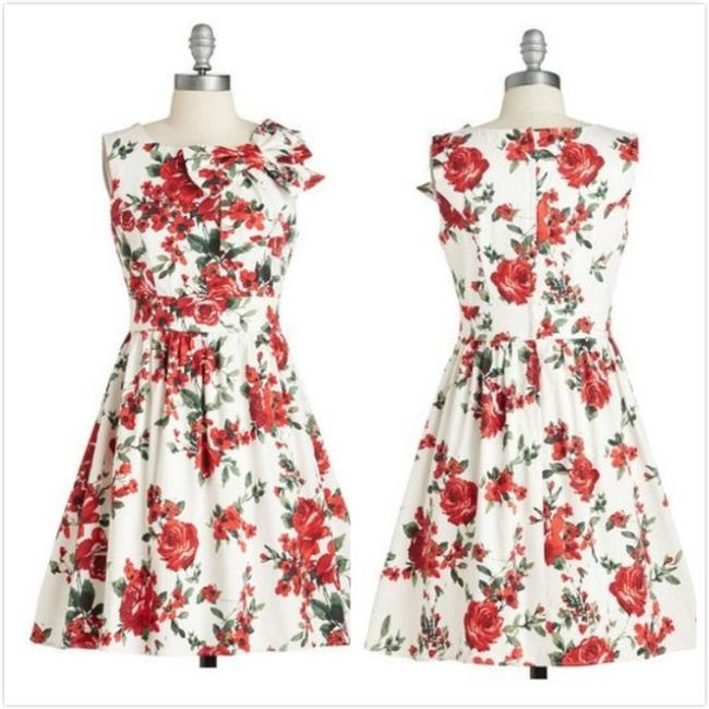 Preload https://item5.tradesy.com/images/modcloth-red-floral-retro-the-pennsylvania-polka-pinup-with-bow-above-knee-short-casual-dress-size-4-3207049-0-0.jpg?width=400&height=650