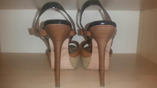 Sam Edelman Tan w/ Blk Patent Trim Platforms