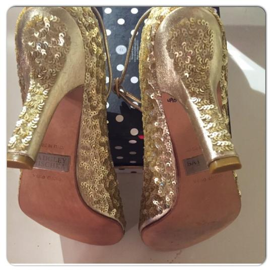 Badgley Mischka Gold Sandals