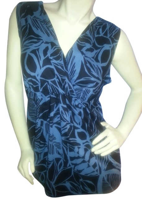 Preload https://item4.tradesy.com/images/ana-a-new-approach-blue-and-black-sleeveless-cross-over-tunic-size-16-xl-plus-0x-3208213-0-0.jpg?width=400&height=650