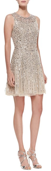 Item - Beige Sequin 1920 Style Above Knee Cocktail Dress Size 8 (M)