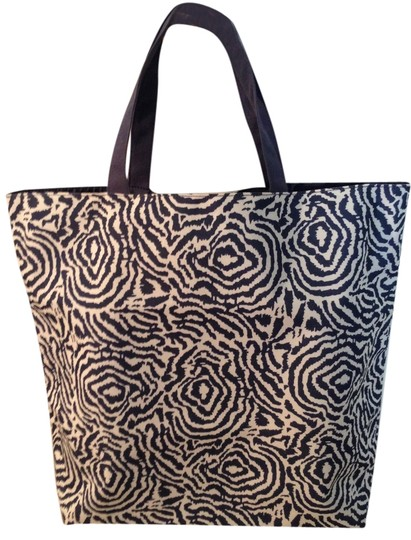 Preload https://item3.tradesy.com/images/new-zebra-design-navywhite-navy-and-white-canvas-with-waterproof-silk-lining-tote-3209692-0-0.jpg?width=440&height=440