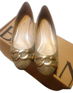 Banana Republic Gold Flats