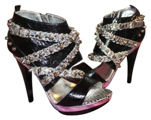 House of Deréon Black & Silver Platforms