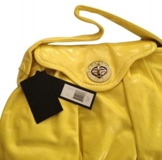Preload https://item4.tradesy.com/images/marc-by-marc-jacobs-style-number-m383060-lemon-italian-leather-hobo-bag-32138-0-0.jpg?width=440&height=440