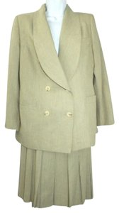 Henri Bendel HENRI BENDEL SHAWL COLLAR PLEATED SKIRT SUIT 8