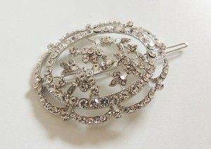 Vintage Victorian Inspired Rhinestone Side Girl Round Barrette Flower Accents Clip Hair Accessory