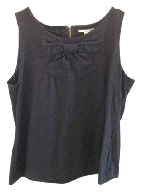 Preload https://item4.tradesy.com/images/banana-republic-black-w-bow-blouse-size-12-l-3220183-0-0.jpg?width=400&height=650