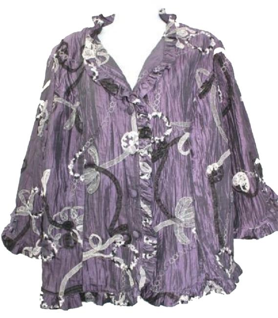 Preload https://item4.tradesy.com/images/dress-barn-collection-soutache-detail-crinkle-blouse-xl-button-down-top-size-16-xl-plus-0x-3220303-0-0.jpg?width=400&height=650