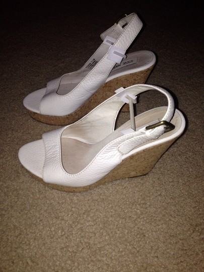 Steve Madden White Wedges