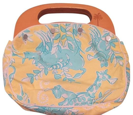 Preload https://item2.tradesy.com/images/lilly-pulitzer-clutch-yellowblue-3221131-0-0.jpg?width=440&height=440