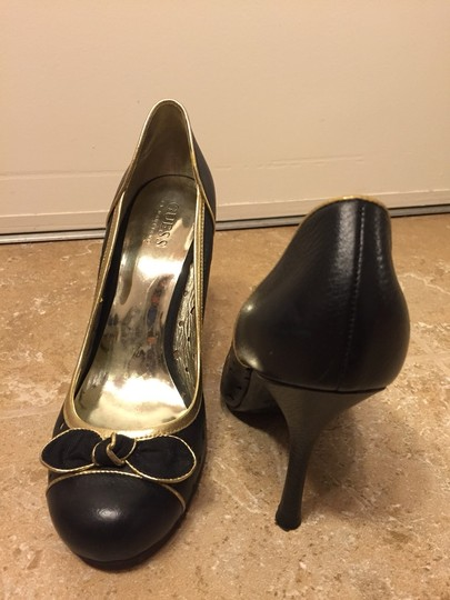 Guess By Marciano Black And Gold Pumps