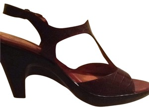 Sofft Never Worn Sofft Never Worn - Deep Merlot/Dark Brown Pumps