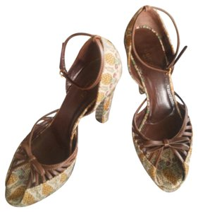 Gucci Pigna Pigna Sandals Sandals Bamboo Louboutin Pineapple Brown Platforms
