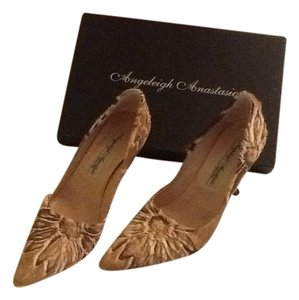 Angeleigh Anastasio Pony Hair Horse Hair Floral Tan, Brown, & White Pumps