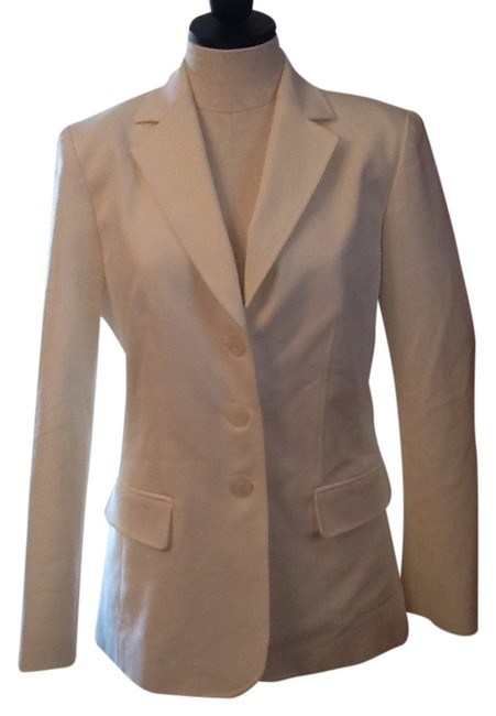 Preload https://item3.tradesy.com/images/talbots-white-lined-jacket-pant-suit-size-6-s-3228307-0-0.jpg?width=400&height=650