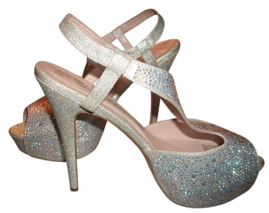 Preload https://item3.tradesy.com/images/diamond-multi-color-formal-shoes-size-us-9-3228967-0-0.jpg?width=440&height=440