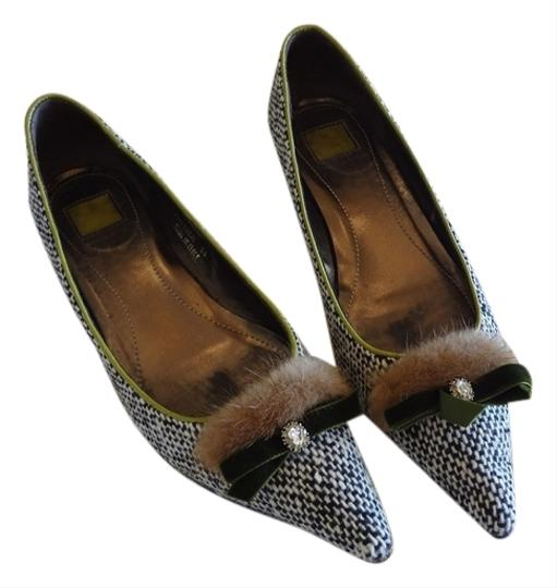 Coach Italian Mink Jewel Black & White Tweed with Coral Pumps