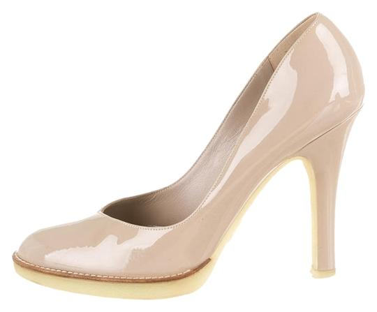 Preload https://item3.tradesy.com/images/gucci-nude-patent-leather-pumps-size-us-8-3229597-0-0.jpg?width=440&height=440
