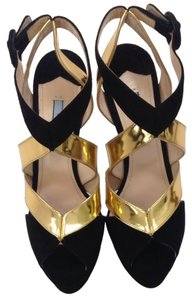 Prada Black And Gold Pumps