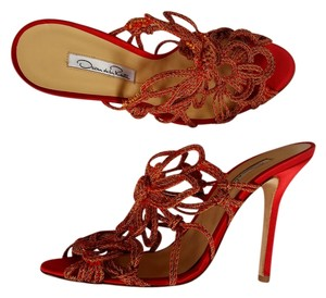 Oscar de la Renta Red Satin Woven High Heels Sandals