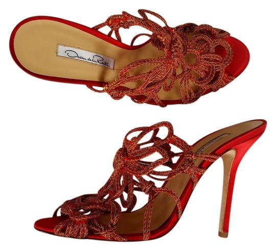 Preload https://img-static.tradesy.com/item/3231463/oscar-de-la-renta-red-new-gold-satin-slides-heels-sandals-size-us-85-regular-m-b-0-0-540-540.jpg