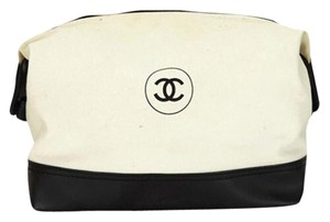Chanel rephotography Chanel Jumbo Two-Two Bicolor clutch Toiletries Travel Pochette Cosmetic Pouch CCTLM4