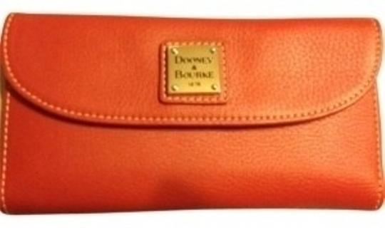 Preload https://item4.tradesy.com/images/dooney-and-bourke-red-checkbook-wallet-32333-0-0.jpg?width=440&height=440