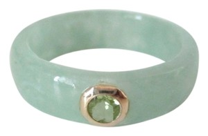 .16 cts Peridot 14k Yellow Gold Jadeite Jade Band Ring