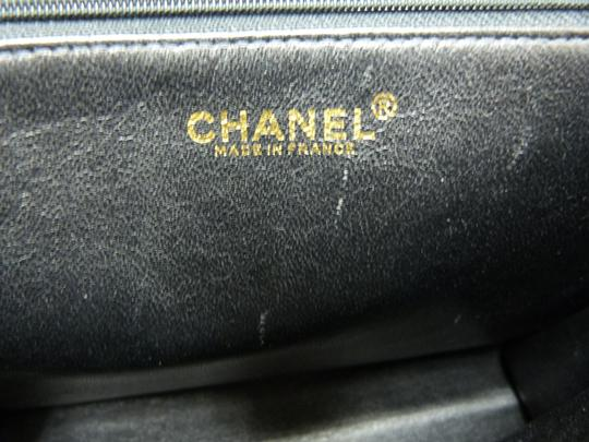 Chanel Leather Classic Gold Pebble Tote in black