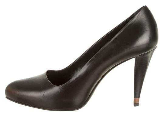 Preload https://item5.tradesy.com/images/fendi-black-classic-heels-leather-pumps-size-us-8-3234859-0-0.jpg?width=440&height=440