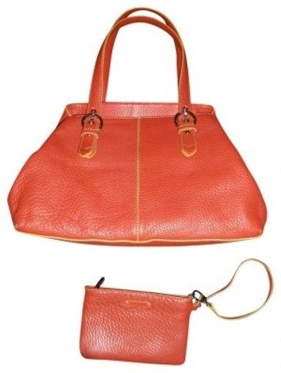 Preload https://item5.tradesy.com/images/cole-haan-purse-with-matching-wristlet-orange-leather-satchel-32349-0-0.jpg?width=440&height=440