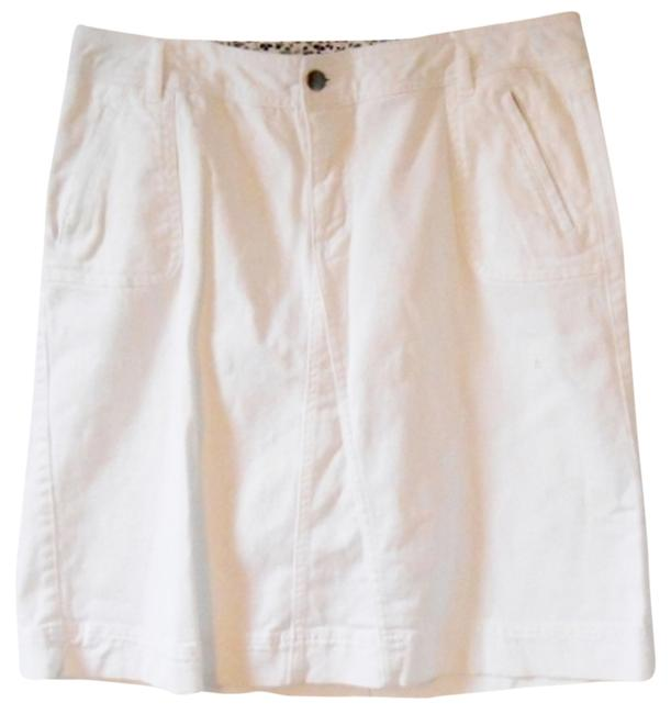 Preload https://item4.tradesy.com/images/white-no-tag-summer-knee-length-skirt-size-14-l-34-3237298-0-0.jpg?width=400&height=650