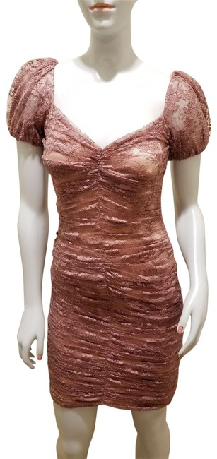 Preload https://img-static.tradesy.com/item/3237355/dolce-and-gabbana-pink-lace-mid-length-cocktail-dress-size-2-xs-0-10-650-650.jpg