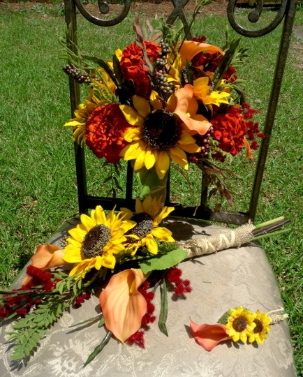 Sunflower fall bouquet 3237781 wedding decorations on sale for Fall wedding bouquets for sale