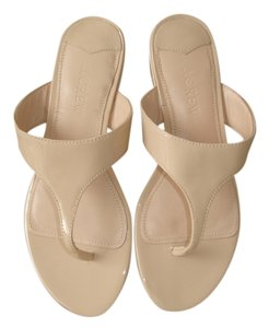 J.Crew Beige Thong Flat nude patent Sandals