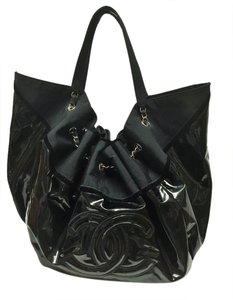 Chanel Shoulder Hobo Vinyl Tote in Black