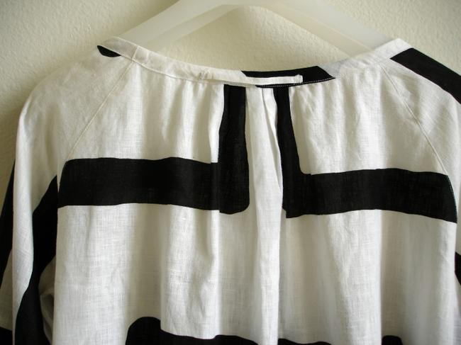 Piazza Sempione Linen Black And Bold Print Stripes Tunic Bold Print Pleated Pleats Scoop Neck Linen Tops Linen Linen Tops Top white