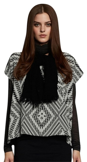 Preload https://item1.tradesy.com/images/nicole-miller-artelier-silk-abstract-print-s-m-blouse-size-6-s-3240940-0-0.jpg?width=400&height=650