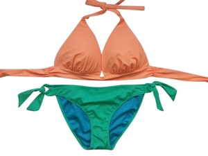 Victoria's Secret Victoria's Secret M L Push Up Halter Bikini Set New Without Tags Never Worn FREE SHIPPING